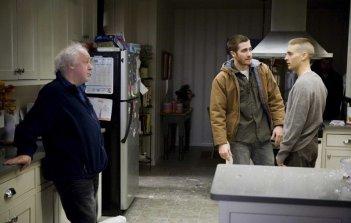 Jake Gyllenhaal,Tobey Maguire e il regista Jim Sheridan sul set di Brothers