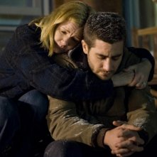 Mare Winningham e Jake Gyllenhaal in una scena di Brothers