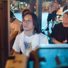 Il regista Danny Pang sul set del suo Bangkok Dangerous