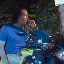 Nicolas Cage a bordo di una BMW K1200 nel film Bangkok Dangerous