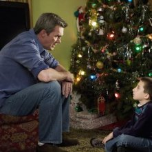 The Middle: Atticus Shaffer e Neil Flynn nell'episodio Christmas