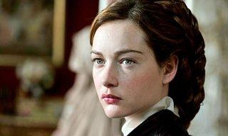 Cristiana Capotondi nei panni di Sissi in una scena della fiction tv dedicata all'indimenticata imperatrice d'Austria