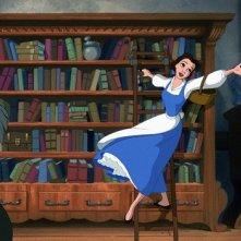 Belle e il libraio in una scena del film d'animazione musicale La bella e la bestia (1991)