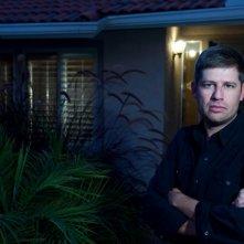 Il regista Oren Peli sul set dell'horror Paranormal Activity