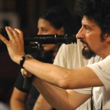 Il regista Radu Mihaileanu sul set del film Il concerto