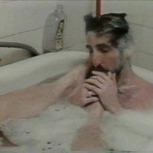 Frank Ripploh in vasca nel film Ai cessi in tassì da lui diretto e interpretato
