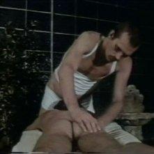 Una sequenza del cult queer Ai cessi in tassì (1981)