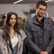 Alex (Jana Kramer) e Julian (Austin Nichols) sempre assieme nell'episodio Weeks Go By Like Days