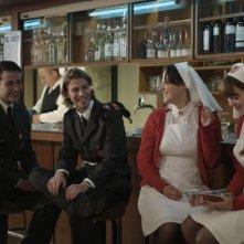 Bruno Todeschini e Léa Seydoux in una scena del film Lourdes