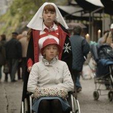 Léa Seydoux e Sylvie Testud in una sequenza del film Lourdes