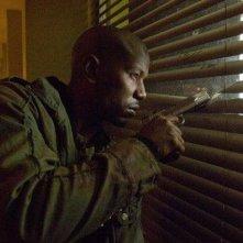 Tyrese Gibson in una scena del film Legion