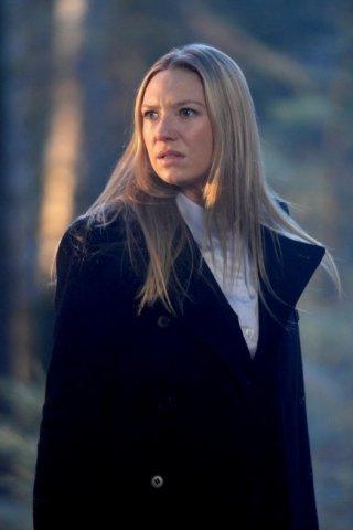 Fringe: Anna Torv nell'episodio Jacksonville