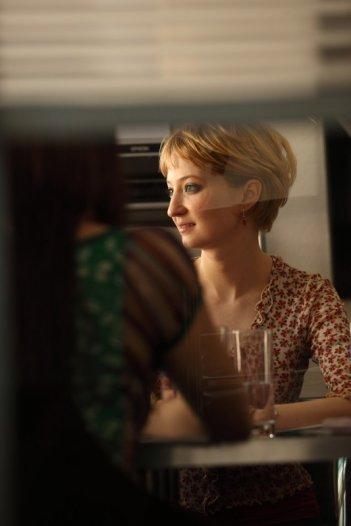 Alba Rohrwacher in una scena del film Cosa voglio di più diretto da Silvio Soldini