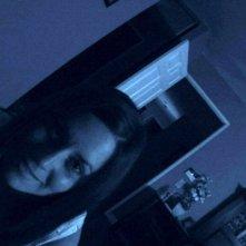 Una immagine di Katie Featherston in una scena del fenomeno-horror Paranormal Activity