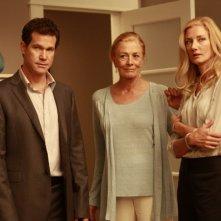 Dylan Walsh, Vanessa Redgrave e Joely Richardson nell'episodio Alexis Stone II di Nip/Tuck