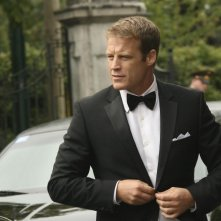Human Target: Mark Valley nell'episodio Embassy Row