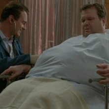 Nip/Tuck: Julian McMahon ed Eric Stonestreet nell'episodio Wesley Clovis