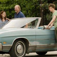 Martine (Kristen Stewart), Brett (Eddie Redmayne) e Gordy (William Hurt) nel film The Yellow Handkerchief