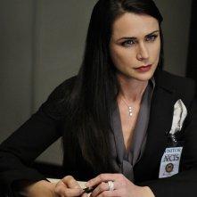Margaret Allison Hart (Rena Sofer) in una scena dell'episodio Masquerade di Navy NCIS