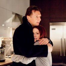 David (Liam Neeson) e Catherine (Julianne Moore) nel film Chloe