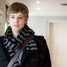 Max Thieriot è Michael in una scena del film Chloe