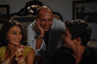 Nicole Grimaudo, Riccardo Scamarcio e Ferzan Ozpetek sul set di Mine vaganti