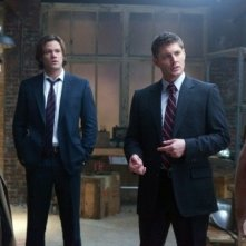 Supernatural: Jared Padalecki, Jensen Ackles, Misha Collins e Lex Medlin in una scena dell'episodio My Bloody Valentine