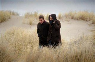 Ewan McGregor e Olivia Williams in una scena del film L'uomo nell'ombra di Roman Polanski.