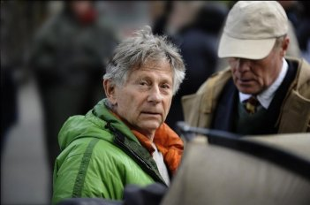 Roman Polanski sul set del suo film L'uomo nell'ombra (The Ghost Writer)