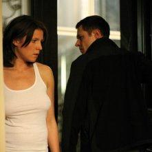 Andreas Lust e Franziska Weisz in una scena del film The Robber