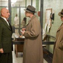 Ben Kingsley, Leonardo DiCaprio e Mark Ruffalo in una scena di Shutter Island