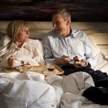 Lene Maria Christensen e Jesper Christensen nel film danese En Familie