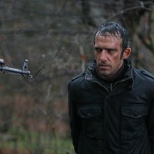 Rafi Pitts in una scena del film Shekarchi (The Hunter)