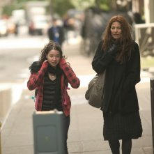 Sarah Steele e Catherine Keener nel film Please Give