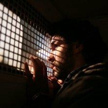 Un primo piano di Tahar Rahim, protagonista del film Il profeta (2009)
