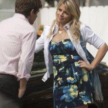 Cougar Town: Busy Philipps e Ryan Devlin nell'episodio Scare Easy