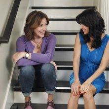 Cougar Town: Courteney Cox e Christa Miller nell'episodio Rhino Skin