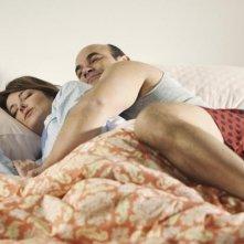 Cougar Town: Ian Gomez e Christa Miller in una scena dell'episodio Stop Dragging My Heart Around