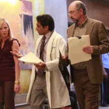 Past Life: Kelli Giddish, Richard Schiff e Ravi Patel nell'episodio Soul Music