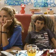 Chiara Passarelli e Matteo Amata in una scena del film Genitori & figli - Agitare bene prima dell'uso