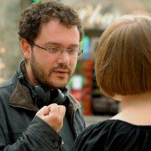 Il regista Riad Sattouf sul set del film Les beaux gosses (2009)