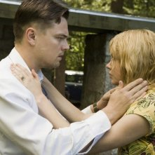 Leonardo DiCaprio e Michelle Williams in un'immagine del film Shutter Island