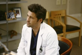 Patrick Dempsey in una scena di I Like You So Much Better When You're Naked dalla sesta stagione di Grey's Anatomy