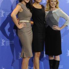 Camilla Belle, Anna Anissimova e Virginia Madsen presentano il film Father of Invention alla 60esima Berlinale