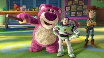 Un'immagine dei protagonisti vecchi e nuovi del film Toy Story 3