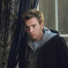 Ewan McGregor in una sequenza del film Senza apparente motivo