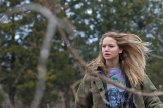 Jennifer Lawrence in una sequenza di Winter's Bone.