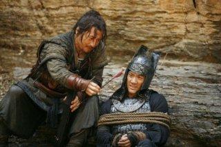 Jackie Chan e Wang Leehom in Da bing xiao jiang (Little Big Soldier)