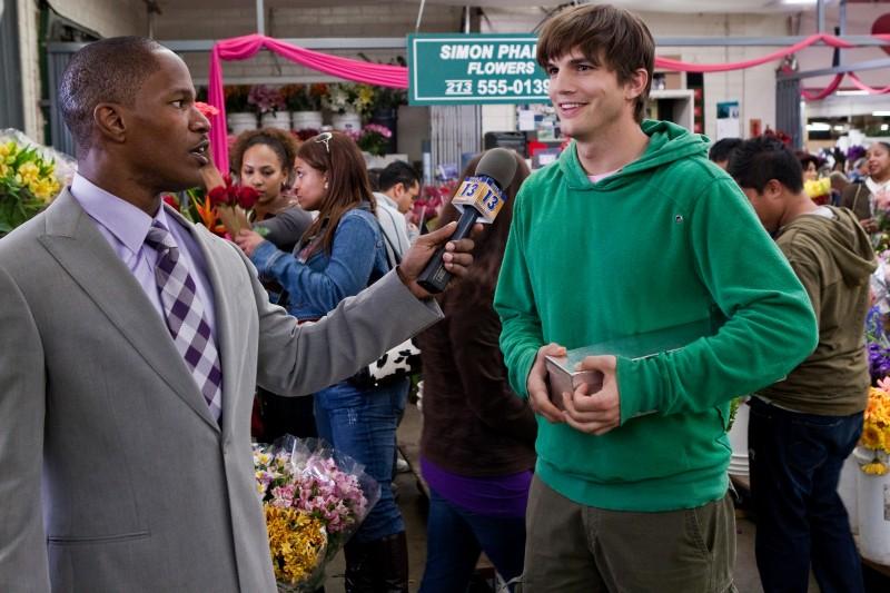 Ashton Kutcher E Jamie Foxx In Una Scena Del Film Appuntamento Con L Amore 147341