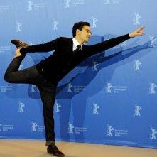 Berlinale 2010: una posa armoniosa per Burhan Qurbani, regista di Shahada.